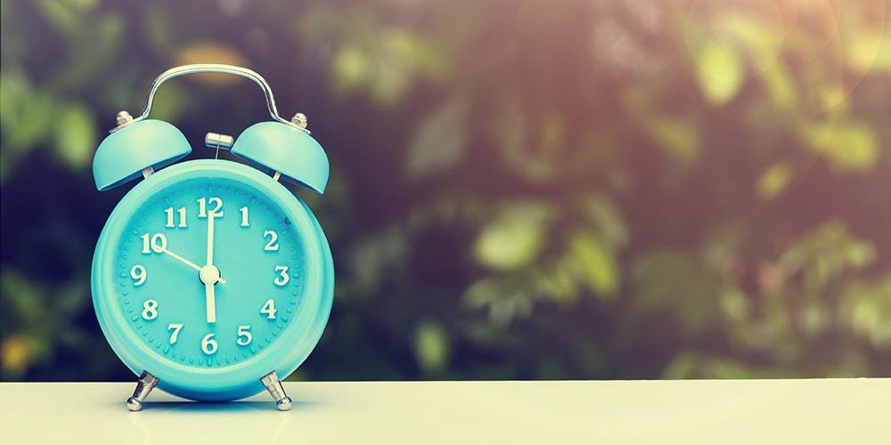 vintage-clock-min