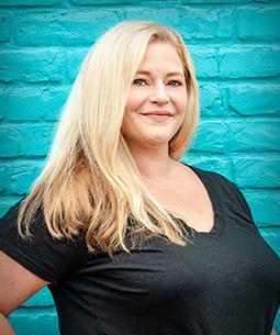 Julie Farnham - Print and Web Designer